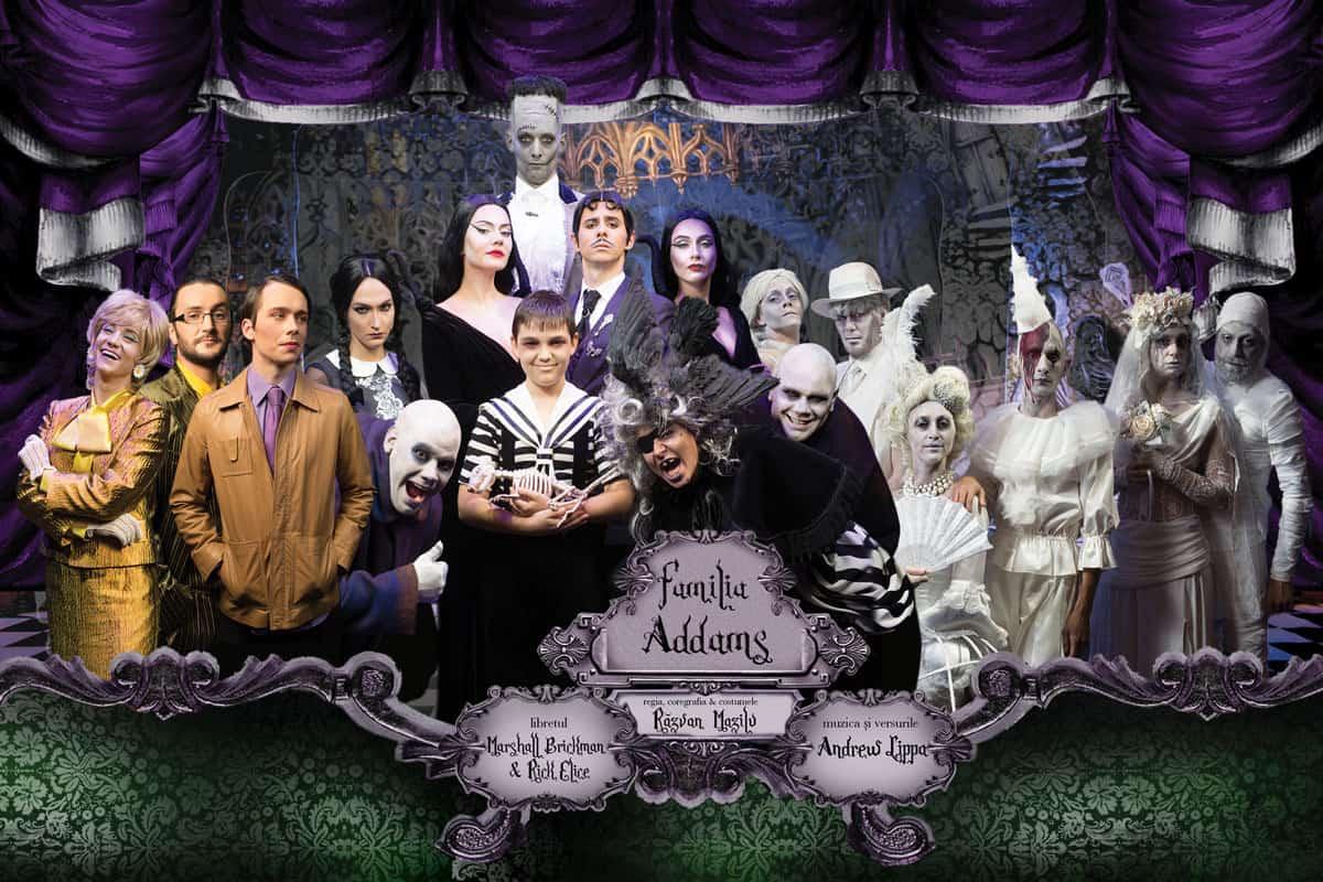 spider-banner-FAMILIA-ADDAMS-full-cast